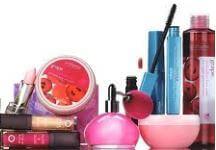 Produkty od společnosti Avon, kosmetika.