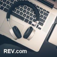 Počítač, internetové připojení, sluchátka, to je vše, co potřebujete na přepisování audia a videa.